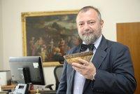 Hynek Kmoníček bude velvyslancem v USA. Na Hrad přišel souhlas
