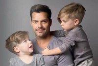 Ricky Martin trojnásobným tatínkem! K dvojčatům přibyla dcerka