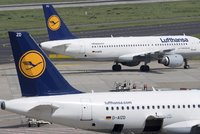 Mzdy a důchody zastaví letadla: Piloti Lufthansy jsou ve dvoudenní stávce