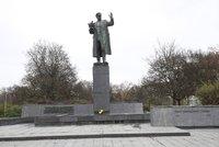 Koněvova socha opět přitahuje pozornost: Skupina velvyslanců nesouhlasí s její úpravou