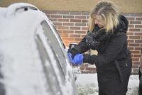 Silnice se v zimě může proměnit v nebezpečnou klouzačku! 15 rad pro řidiče, aby dojeli v pořádku