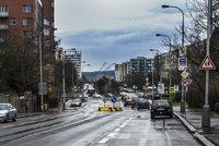 Lidé v Novodvorské ulici si mohou oddychnout: Sídliště se rozšiřovat nebude, rozhodla radnice