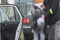 Zloději aut dopadeni: Nakradli v Česku, prodali na Slovensku
