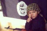 8letý školák ve třídě prohlašoval: Jsem s teroristy! Přišla si pro něj policie