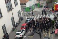Zabili ochranku a redakci vystříleli při poradě! Pařížský teror minutu po minutě