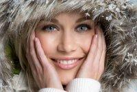 Ničí vaši krásu zima? 4 rady, jak nemít popraskané rty a lámavé vlasy