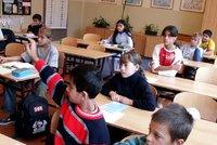 Diskriminace Romů ve školách podle Amnesty International? Lži a překrucování