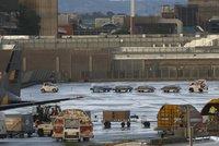 Smutný návrat domů: Převážejí ostatky obětí pádu letadla společnosti Germanwings