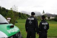 Němci jdou po krku radikálním duchovním. Zahájili razii proti verbířům ISIS