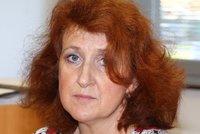 Soud se sestrou Věrou M. ONLINE: Draslík musela píchnout ženě přímo do žíly, tvrdil doktor