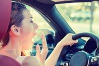 Malátnost, únava, nepozornost: Vedra působí na řidiče stejně jako alkohol
