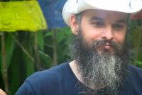 Guru Jára prožil ve filipínském vězení klinickou smrt, jeho stav je kritický, tvrdí jeho stoupenkyně