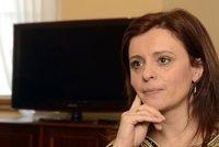 Zlatý důl u Jermanové: Kraj musí říct, kteří úředníci brali víc než ministři