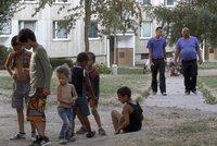 Spojené státy zkritizovaly Česko za protimuslimské nálady a diskriminaci Romů