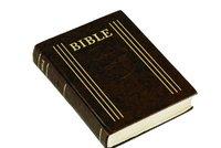 Čína zakázala prodej Bible. Naštval ji papež František