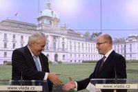 Sobotka a Zeman bilancují v Lánech: Na stole jsou úkoly pro další 2 roky