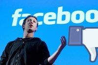 Ultimátum pro Facebook: Za šmírování uživatelů má platit sedm milionů denně
