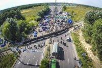 Další plot proti uprchlíkům? Po Maďarsku zvažuje stavbu i Německo