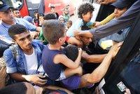 Maďarsko úpí pod náporem uprchlíků. Za 24 hodin jich dorazilo 8000