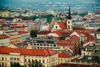 Na jižní Moravě dáte za nájem nejvíce v Brně. A co bydlení u přehrady za pohádkovou cenu?