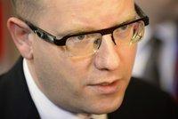 Premiér si kvůli kauze okolo Langera došlápne na GIBS. Budou padat hlavy?