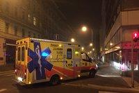Noční rande skončilo tragédií: Chlapec spadl ze střechy a zemřel