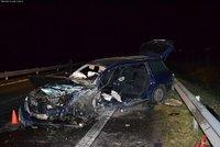 Lupiči donutili řidiče u Liberce nabourat: Okradli ho o miliony