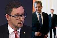 """Ovčáček v ČT označil Dienstbiera za """"vzteklé štěně"""". Kvůli kritice Zemana"""