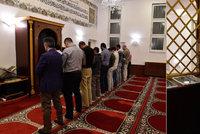 Muslimové pozvali Brňany mezi sebe. Do mešity, která čelila dalšímu útoku