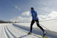"""""""Dálniční známka"""" pro běžkaře. Na Šumavě zaplatí 20 korun denně"""