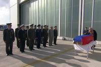 Rusové mají zpět tělo sestřeleného pilota. Turci palbu dál obhajují jako obranu