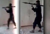 Selhání hrdlořeza z ISIS: Antitalent se odpálil střelou z granátometu