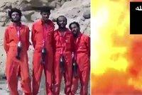 """Otřesná videa vražd ISIS: Obětem nasadili """"náhrdelníky smrti"""""""