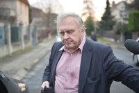 Ransdorfovu smrt šetří policie, můžou za ni Švýcaři?
