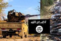 Po zuby ozbrojení bojovníci Islámského státu: Kde berou zbraně? Z Francie, USA, Velké Británie, ale i Česka!