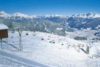 7 tipů kam na lyže v rakouských Alpách: Pro rodiny i lyžařské šílence!
