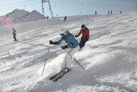 7 tipů kam na lyže v rakouských Alpách: Vyžití pro rodiny i lyžařské šílence!