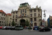 """Místo parkoviště """"obytné náměstí"""": Praha chce proměnit prostranství u budovy magistrátu"""
