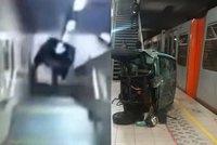 "Do metra ""šoupli"" po schodech celé auto. Vysmátí mladíci řádili v Bruselu"