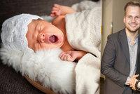 Chodúrovi se narodil chlapeček! Co věští čísla dětem narozeným na Nový rok?