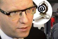 Škola e-mailu se Sobotkou. Expert radí, jak se bránit vlezlým hackerům