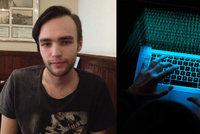 Hacker, po kterém jde Europol, má českou matku a pas i bydliště