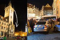Sebevrah ze Staroměstského náměstí: Skok z orloje si rozmýšlel hodinu!