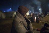 Uprchlíka prý zabilo čekání na mraze: Lež, tragédii vymyslel německý dobrovolník