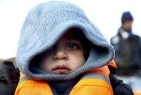 Země zachránce Wintona odmítla 3000 dětských uprchlíků. Nechce pomáhát pašerákům