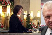 Švýcaři smetli stížnost Ransdorfovy ženy: Měl u sebe lékaře, tvrdí