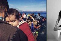 Rozhovor s fotografem: Bomba mu utrhla nohy a ruku. Místo hvězd fotí uprchlíky