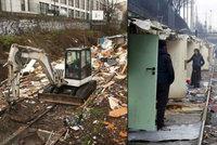 Vyhnali Romy z domovů! Pařížská policie zbourala obávanou čtvrť