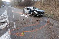 Řidič (†41) na Žďársku nepřežil autonehodu: Vůz vyletěl ze silnice a narazil do stromu