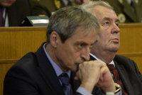 Komentář: Sotva politici propadnou pravdomluvnosti, rozpoutají málem válku